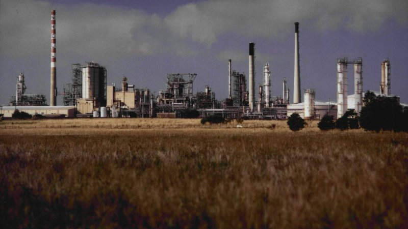 Viva Caltex Warn Of Risks To Refineries Without Government Support