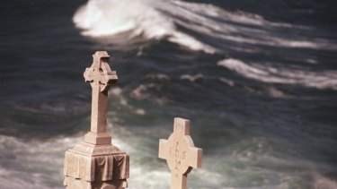 Victorian police have allegedly issued fines to people visiting cemeteries over the Easter long weekend.