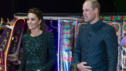 Royals' rickshaw ride the hit of their Pakistan tour