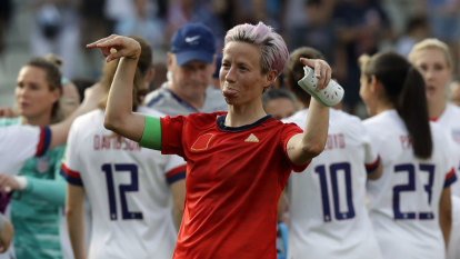 US survive gruelling test against Spain to advance to quarter-finals