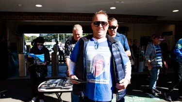 A proud Newtown fan pays his respects to Tommy Raudonikis.