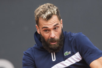 Benoit Paire in action in Hamburg.