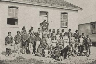 A group of children at Coranderrk Aboriginal Settlement in 1878.