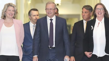 Tax cuts for highest income earners causing Labor clash