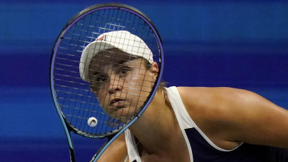 Barty returns to Australia, no decision yet on rest of 2021