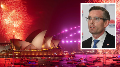 Sydney's New Year's Eve 9pm fireworks should go ahead, Treasurer says