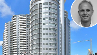 Certifier accused of letting people live in tower while 'still a building site'
