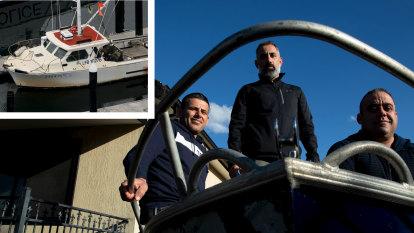 Fishermen receive bravery award over maritime tragedy on Sydney Harbour