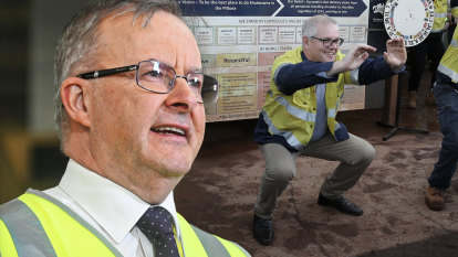 Don't interrupt your enemy while he's stuffing up: Inside Albanese's 'off broadway' election strategy