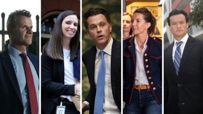 'Real generational change': Chris Minns reveals new Labor frontbench