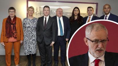 Labour centrists quit party, recalling failed 80s experiment