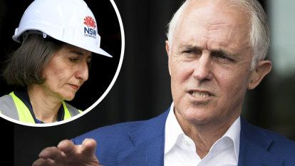 Malcolm Turnbull warns 'idiocy' of federal colleagues is damaging Gladys Berejiklian
