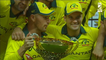Australia has swept its ODI series against Pakistan, winning the fifth and final match after Usman Khawaja made 98.