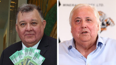 Independent Craig Kelly has spoken to Clive Palmer about helping him fund a defamation claim against Facebook.