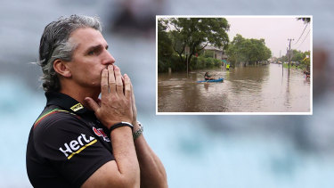 Ladbury Avenue in Penrith on Sunday afternoon, where Ivan Cleary has been forced to evacuate (insert).
