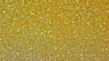 Scientists are using gold nanoparticles to detect how well a cancer treatment is working in a patient.