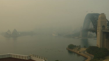 Sydney cloaked in bushfire smoke for second time in three days