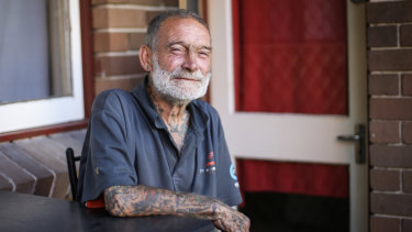 'A piece of Woolloomooloo has died': passing of man homeless for 39 years