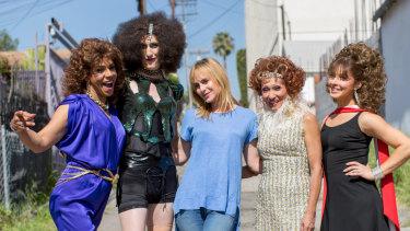 Zackary Drucker (centre) on the set of Transparent with (left to right) Kase Pena, Delia Rawdon, Karina Samala, Carolina Gutierrez.