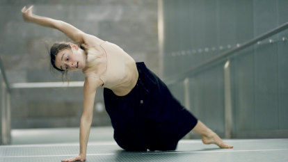 What ballet dancers learned from watching the footy