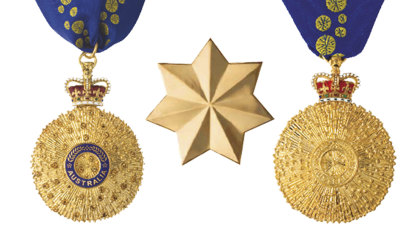 Who chooses the Queen's Birthday Honour award recipients?