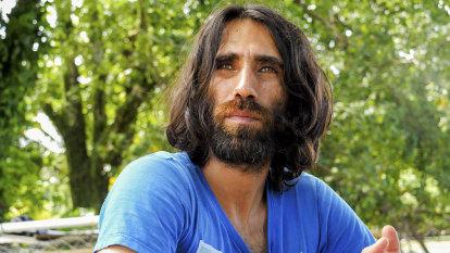 'Glimmer of hope': Refugee Behrouz Boochani lands in New Zealand