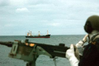 SAS troops intercept Pong Su.