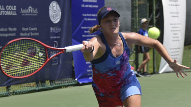 Zoe Hives advanced in the US Open qualifiers.