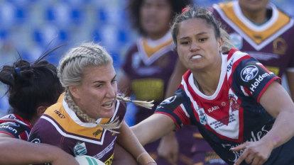 V'landys says women facing same cuts as men is 'fair'
