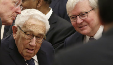 Kevin Rudd with former US secretary of state Henry Kissinger, a fellow member of a delegation from the 2019 New Economy Forum, before they meet Chinese President Xi Jinping in Beijing last week.