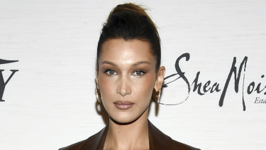 Having denied plastic surgery, model of the moment Bella Hadid is said to be a fan of the lunchtime facelift.