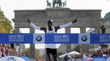 Eliud Kipchoge runs to win the 45th Berlin Marathon.