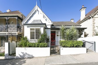 Trinity Global has purchased a 260-square-metre freehold medical clinic at 31 Grosvenor Street, Woollahra.