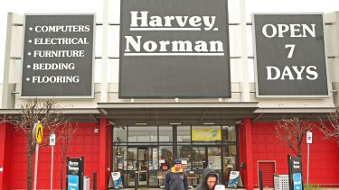 Smaller shareholders have accused Harvey Norman of failing to listen to their concerns.