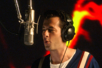 Producer Mark Ronson hosts big-name musicians in this new music documentary.