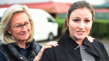 Harriet Wran (right), with her mother Jill Hickson-Wran, speaks to the media after being released from Silverwater Women's Correctional Centre in 2016.