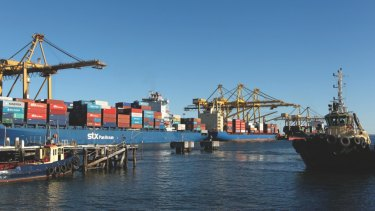 Port Botany handles more than 6000 containers on average every day.