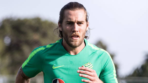 Arnold wants A-League Socceroos bolters