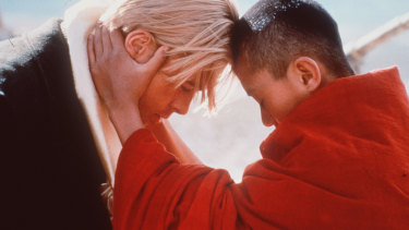 Brad Pitt with  Jamyang Jamtsho Wangchuk in 'Seven Years in Tibet', from 1997.