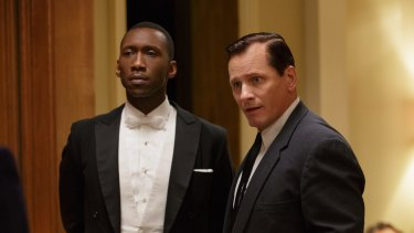 Classi Oscar-bait: Mahershala Ali and Viggo Mortensen in Green Book.