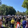 Crowd of thousands protest in Brisbane over COVID-19 lockdowns despite Qld success