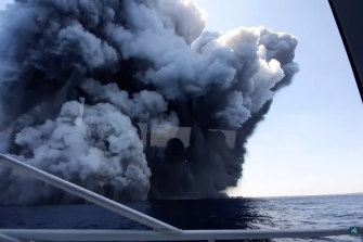 Tourist Allessandro Kauffmanntook this footage from a boat as the volcano erupted.
