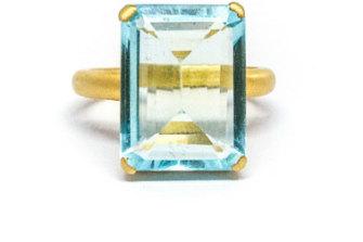 Grace cocktail ring in aquarmarine.