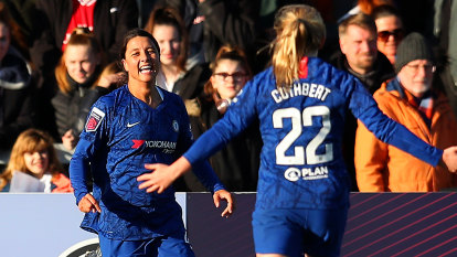 Sam Kerr opens Chelsea account in thumping Arsenal win