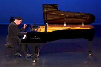 Pianist Stephen McIntyre at Melbourne Digital Concert Hall in 2020.