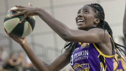 Boomers rebound with important road win