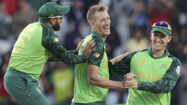 Bucket list: South Africa's Chris Morris, centre, is realising his ambition of playing in the BBL.