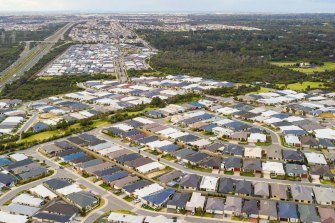 Independent infrastructure body identifies the ever-expanding sprawl as Perth's biggest issue.