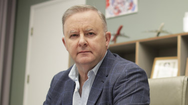 Anthony Albanese has reiterated his calls for the government to expand the JobKeeper program.