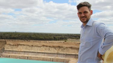 Greens MP Michael Berkman has introduced a bill to ban coal mining in the Galilee Basin.